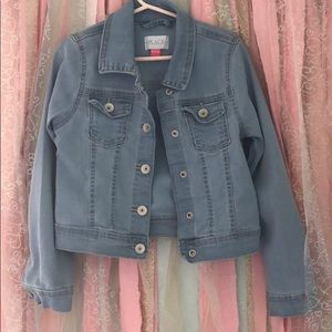 Girl's denim jacket. Perfect for fall!